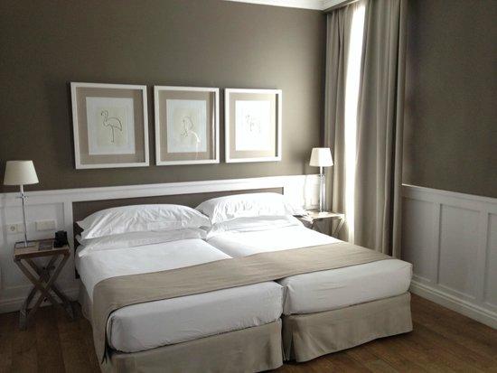 Hotel Granvia: Junior Room