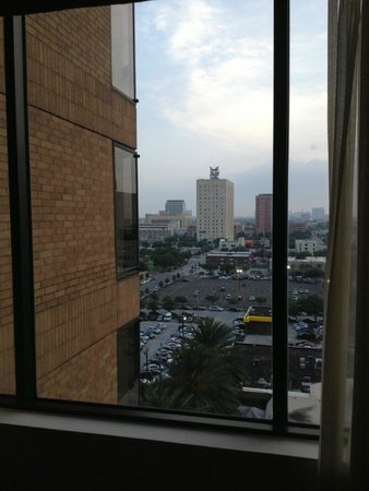 Four Seasons Hotel Houston: A view from Rm 1008