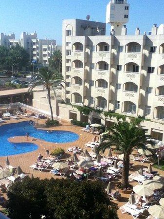 ClubHotel Riu Costa del Sol : view of pool