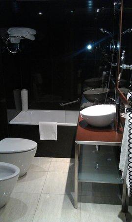 Radisson Blu Hotel, Lisbon : Bathroom