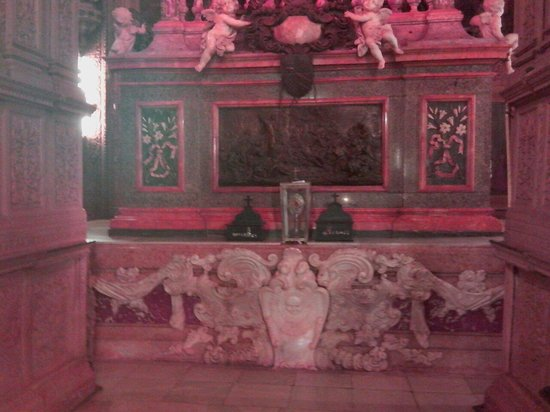 Tomb of St. Francis Xavier : Church