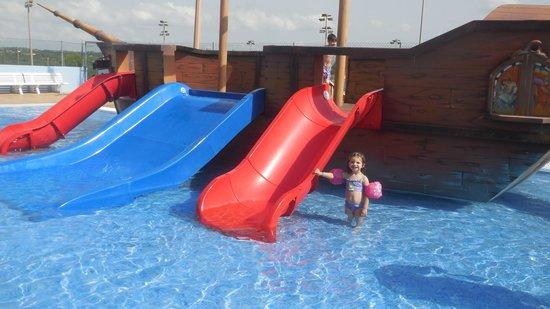 Blau Punta Reina Resort: bateau pirate