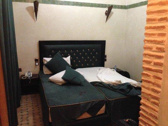 Riad & Spa Mabrouk: Small room