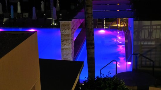 Alexander The Great Beach Hotel: night view of pool
