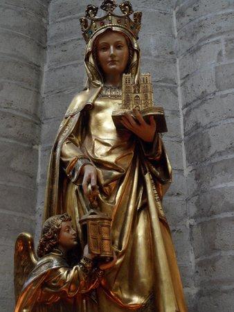 Motel One: Heilige Gudula in Notre Dame Brüssel