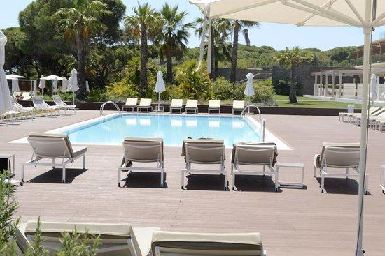 EPIC SANA Algarve Hotel: EPIC POOL (15/5/14)