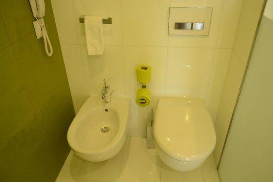 EPIC SANA Algarve Hotel: ROOM 257 - EPIC BATHROOM
