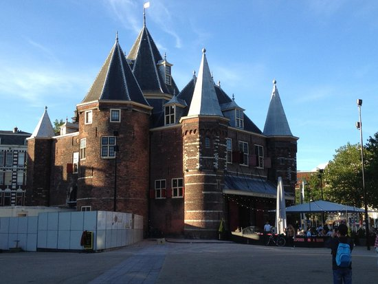Cafe In de Waag: Currently open during renovations (June 2014).