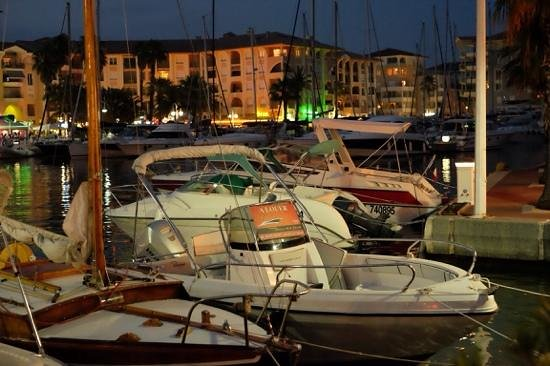 Le Provençal : Frejus Port