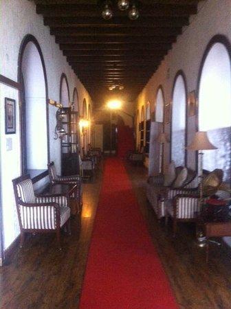 Ilbert Manor: Gr Floor Corridor