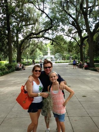 Free Savannah Tours: The Akers family, from San Francisco!