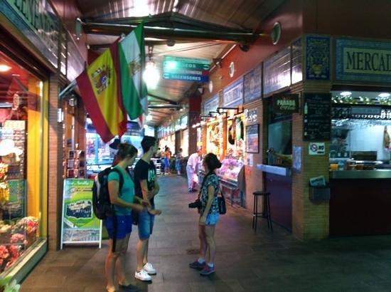 Mercado a la entrada de Triana