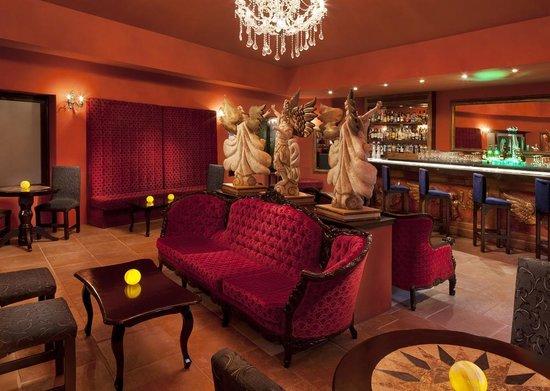Azul Beach Resort Riviera Maya: Agavero Tequila Lounge