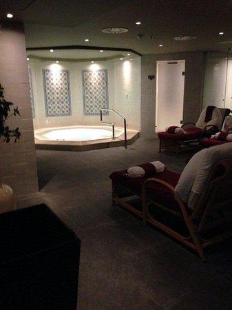 Hotel The Cliff Bay: Indoor hot tub & Sauna