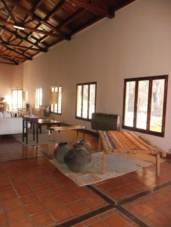 Hotel Iruya: lobby