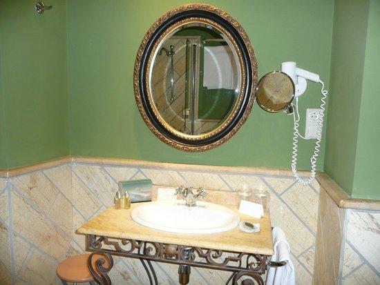 Hotel Montelirio: cuarto de baño