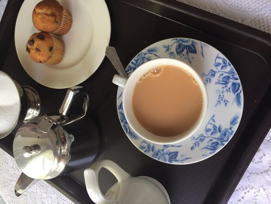 Chester House: Welcome tea and cake!