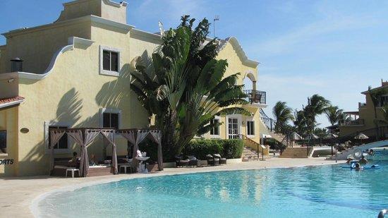 Secrets Capri Riviera Cancún: Restaurant