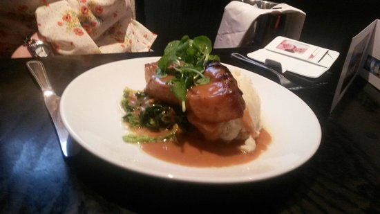 Crowne Plaza  Liverpool City Centre: Lovely main belly pork