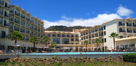 Vila Galé Santa Cruz : Hotel & grounds