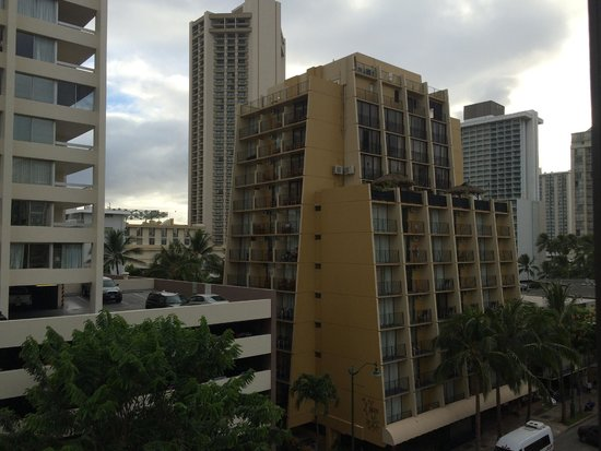 Vive Hotel Waikiki: More view from window.