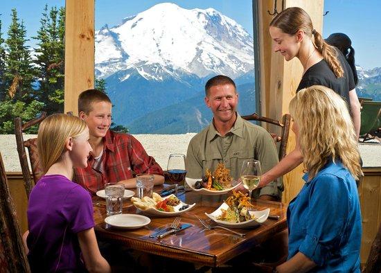 Summit House Restaurant: Family friendly