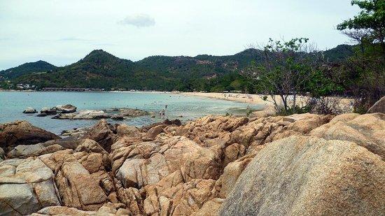 Fair House Beach Resort & Hotel: la bella spiaggia di Noi Chaweng davanti al resort