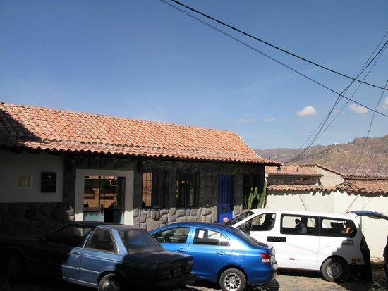Casa Andina Standard Cusco San Blas: Hotel outside