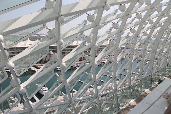 Yas Viceroy Abu Dhabi: rooftop view