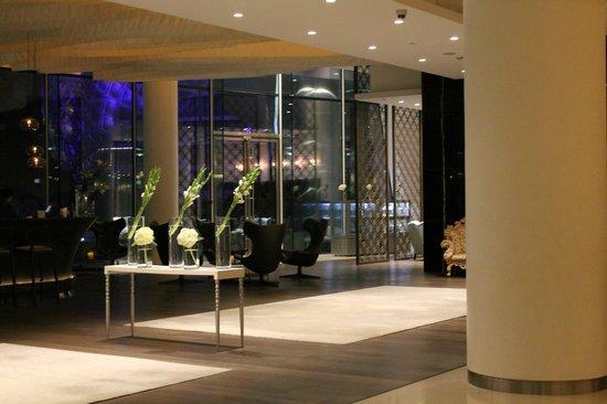 Yas Viceroy Abu Dhabi: hotel venue