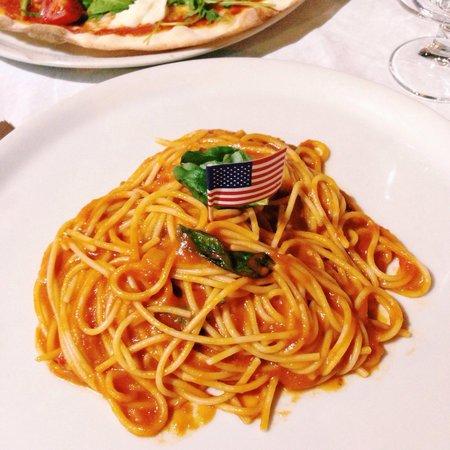 Voglia DI Pizza: spaghetti ao pomodoro e basílico senza glutine