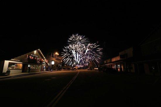 Nisswa Motel: Fireworks in downtown Nisswa on fishing opener May 2014