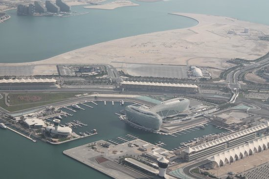 Yas Viceroy Abu Dhabi: from the plane