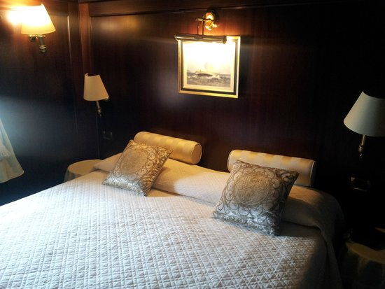 Hotel Bucintoro: bedroom in a Yacht style