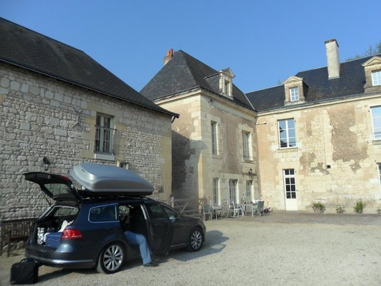 Loire Valley Retreat: Les Ecuries