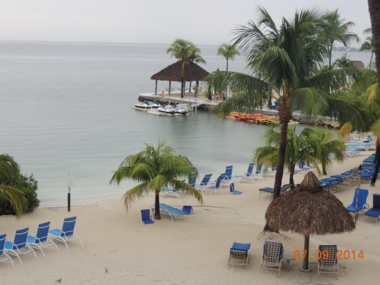 Key Largo Bay Marriott Beach Resort : Beach view