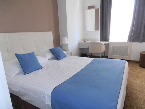 Hotel Jadran Zagreb: camera