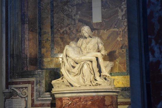 La Pieta: La excelencia pura, La piedad vaticana.