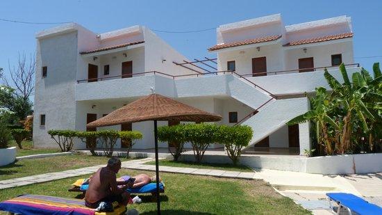 Vallian Village Hotel: Bungalows