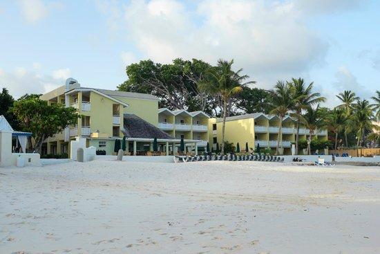 Sea Breeze Beach Hotel: Hotel