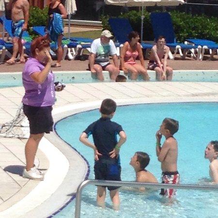 Protur Roquetas Hotel & Spa: Water Polo fun!