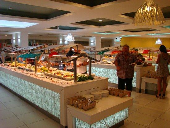 db Seabank Resort + Spa : Dinning