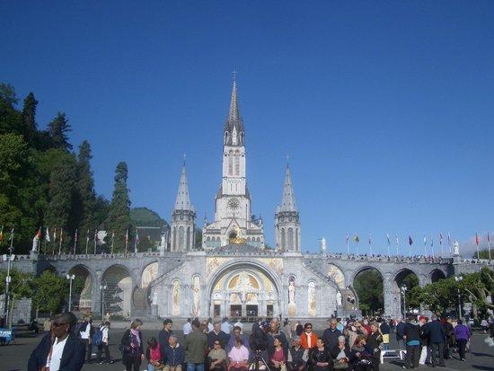 Sanctuaire Notre Dame de Lourdes : The Basilica