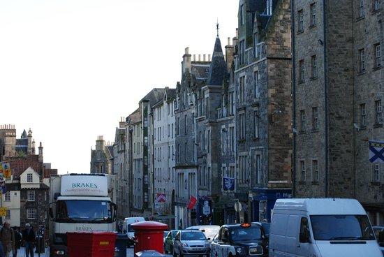 Milla Real: Royal Mile Edinburgh