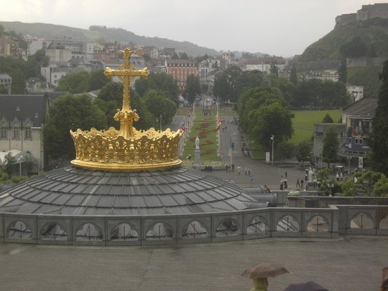Sanctuaire Notre Dame de Lourdes : The View from Above