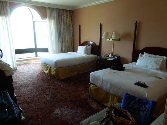 Royal Sonesta Harbor Court Baltimore: room
