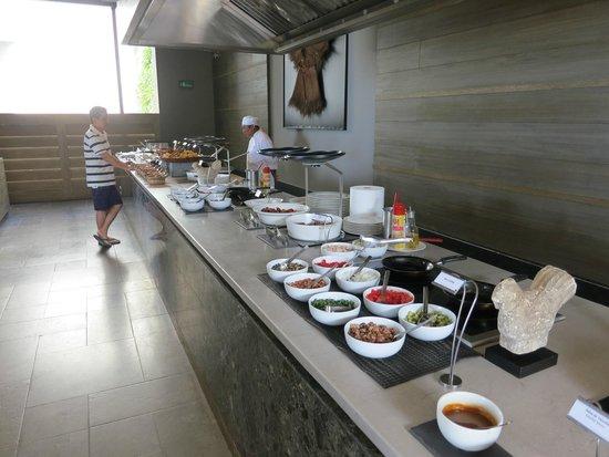 NIZUC Resort and Spa : Buffet breakfast