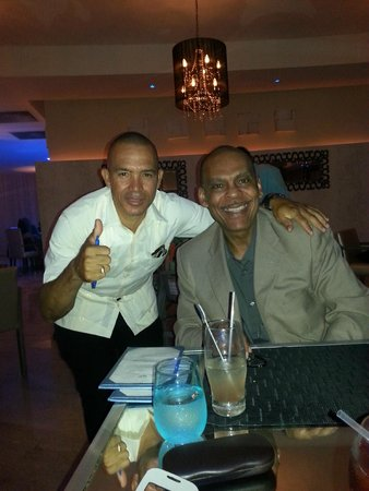 The Reserve at Paradisus Palma Real: Lemway, resturant manager and me.