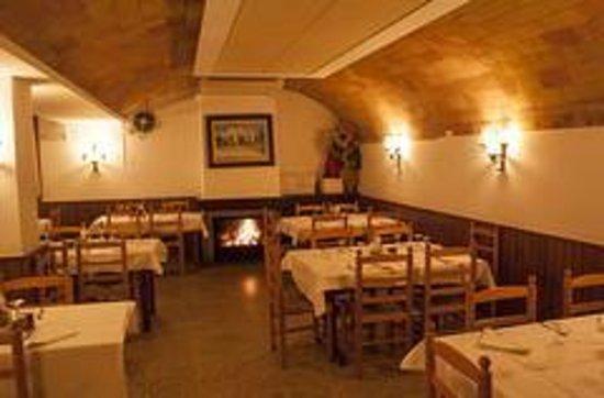 Restaurant Vall-Llobrega: Uno de los salones