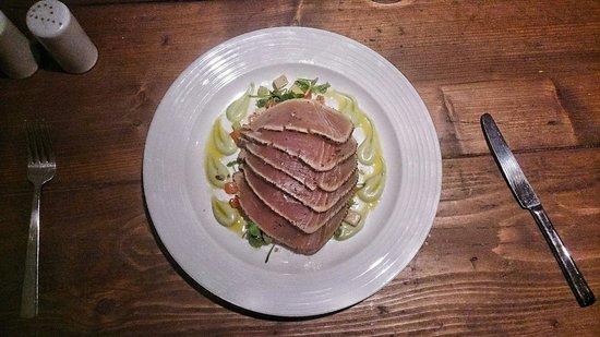 Bait Fish and Grill: Tuna carpacio